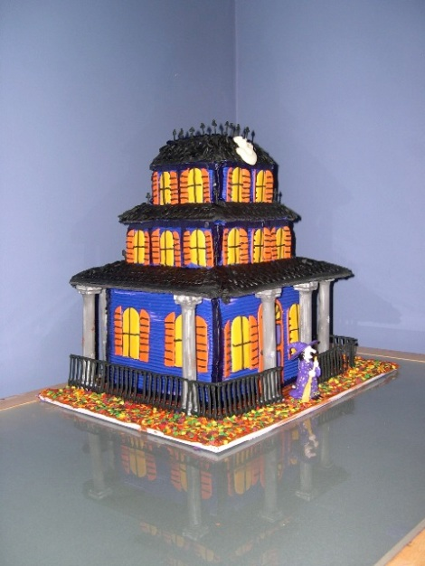 smallcake-hauntedhouse1